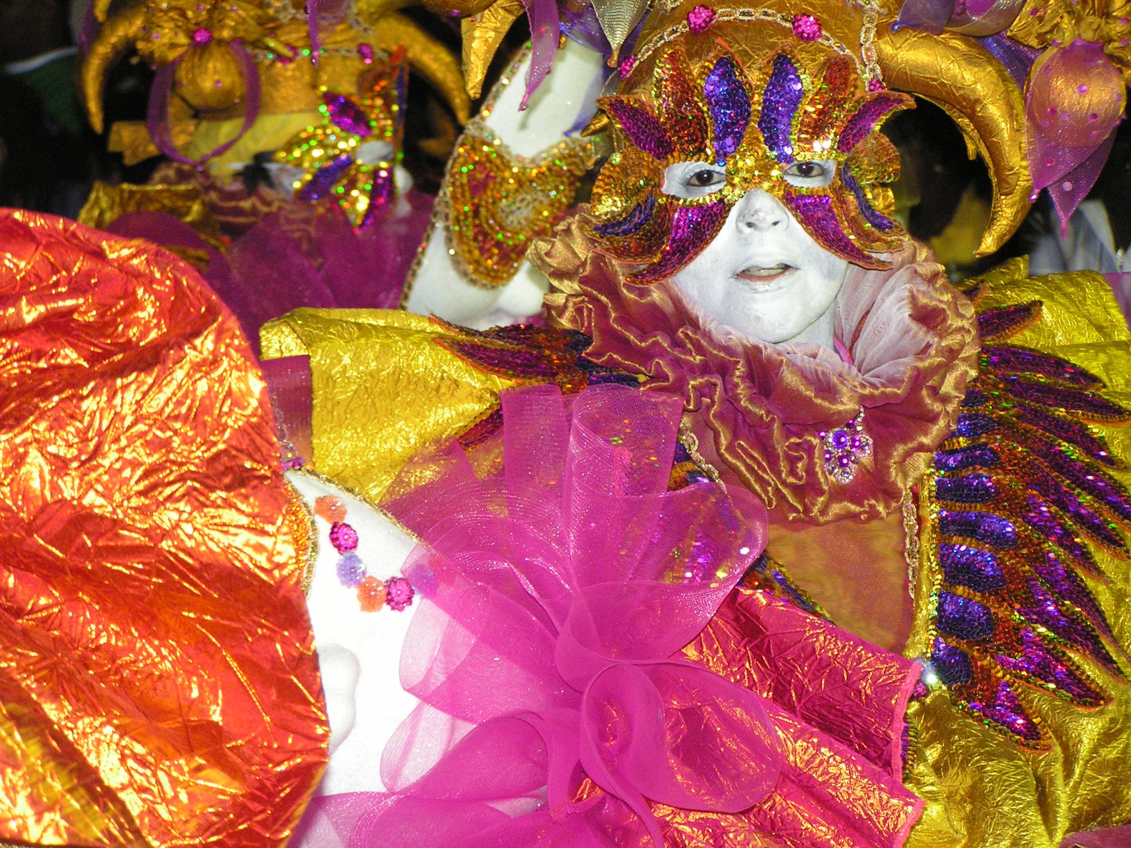 Die Jecken sind los! – Das sind die coolsten Karnevalskostüme für Frauen
