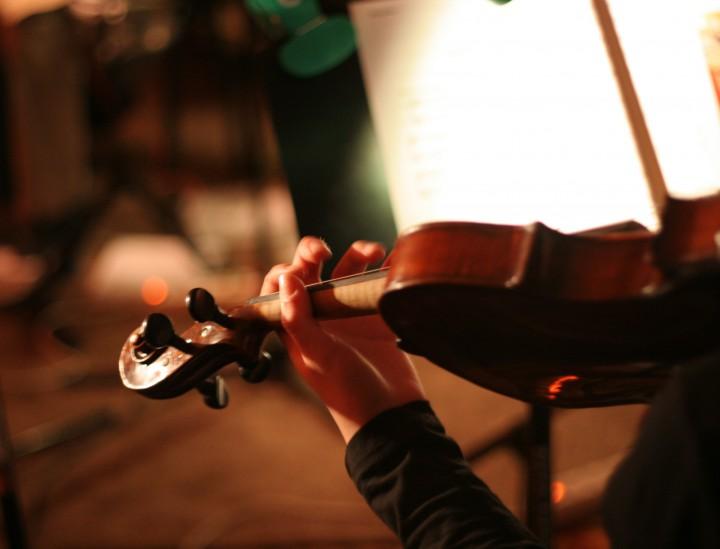 Attraktive Klassikstars – Klassische Konzerte sind wieder in