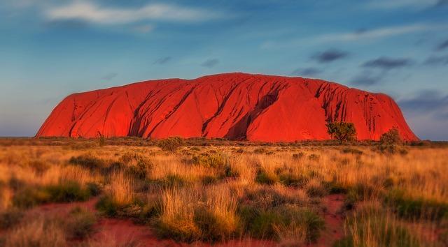 Der Uluru in Australien © Walkerssk / pixabay.com