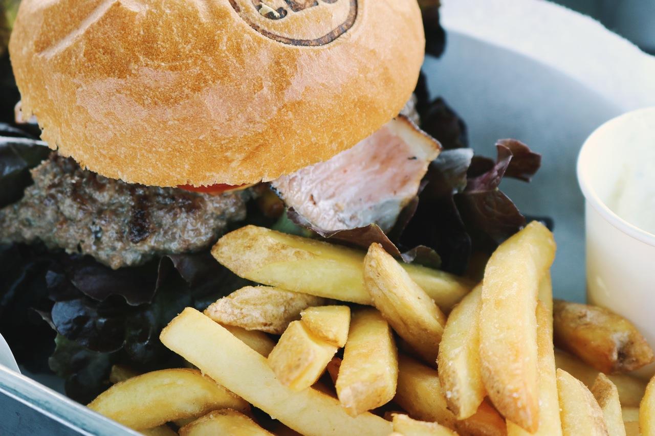 Burger, Pommes Frites, Ernährung