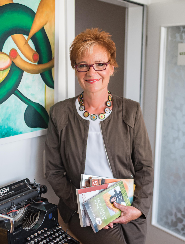 Zwölf Frauen die sich trauen, Imageberaterin, Autorin