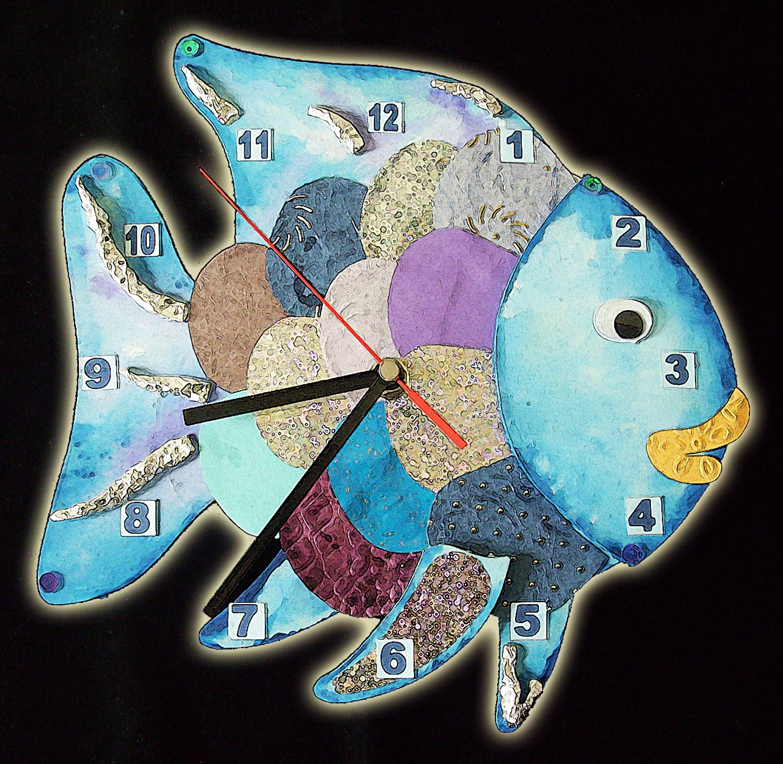 Kinderwerkstatt, selbst gestaltete Uhr, Regenbogenfisch i