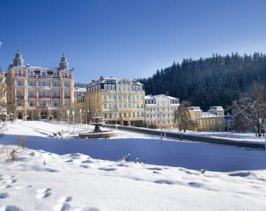 Kurreise nach Tschechien: Das Marienbad lädt zum Erholen ein © anGeo / Fotolia