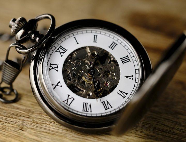 Die Uhr im Zeitalter ihrer smarten Ersetzbarkeit © Bru-nO / pixabay.com