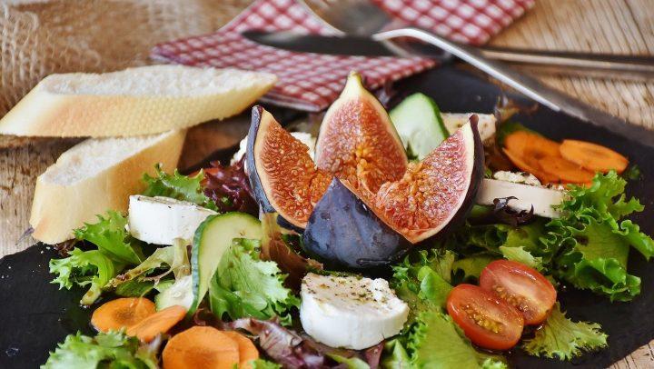 Zuhause kochen wie im Restaurant – Zehn Tipps für angehende Hobby-Köchinnen
