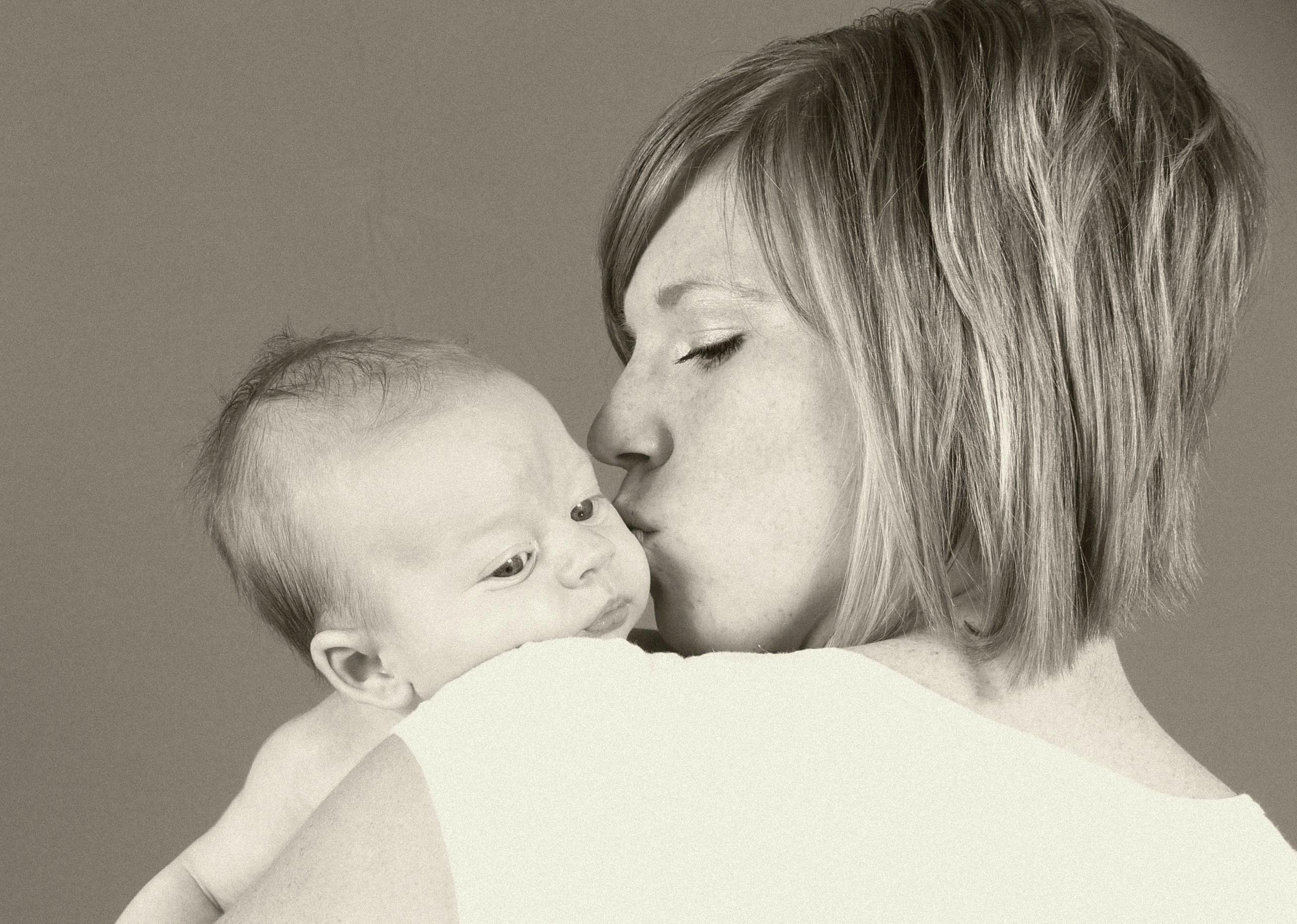 Kangatraining: Sparen Sie sich den Babysitter - Trainieren Sie mit Baby © morguefile.com